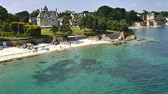 Walk in the heart of the Brittany Riviera